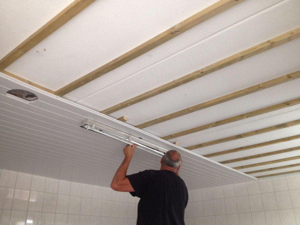 kunstof schroten plafond gallery of badkamer plaatsen van